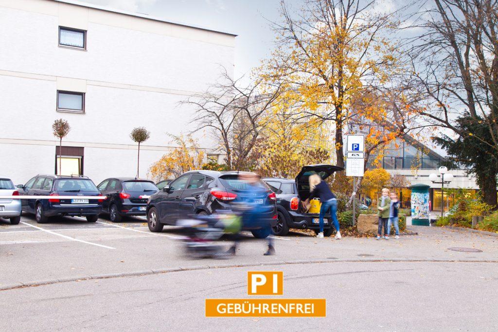 LideaL-KAISER_WAIBEL-Frame-KONTAKT-GOOGLE-Parkplätze-01
